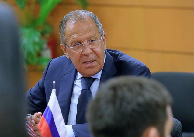 Le chef de la diplomatie russe Sergueï Lavrov en marge du sommet de l'Association des nations de l'Asie du Sud-Est (ANASE)