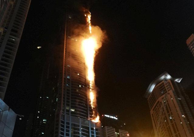Un incendie s'est déclaré dans un hôtel du quartier touristique de Dubai Marina