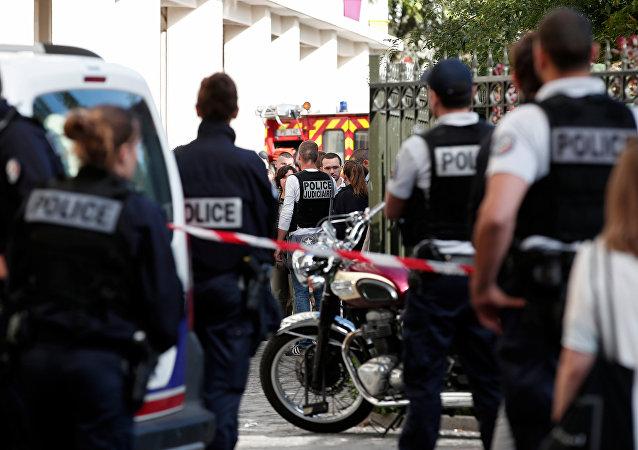 Des militaires de Sentinelle renversés par un véhicule en banlieue parisienne, des blessés