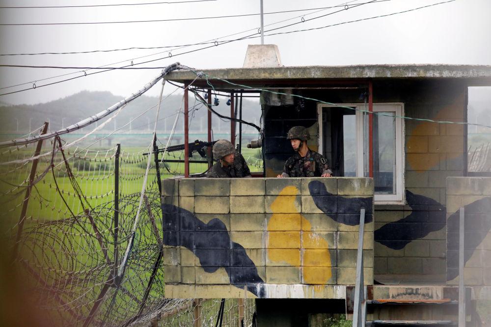 Des soldats sud-coréens en faction à Paju, en Corée du Sud