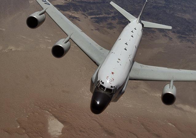 Un RC-135 Rivet Joint, avion espion britannique