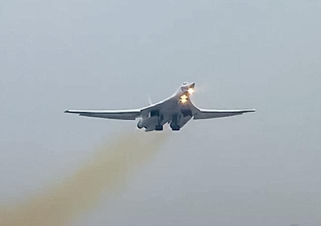 bombardier Tu-160 en Syrie