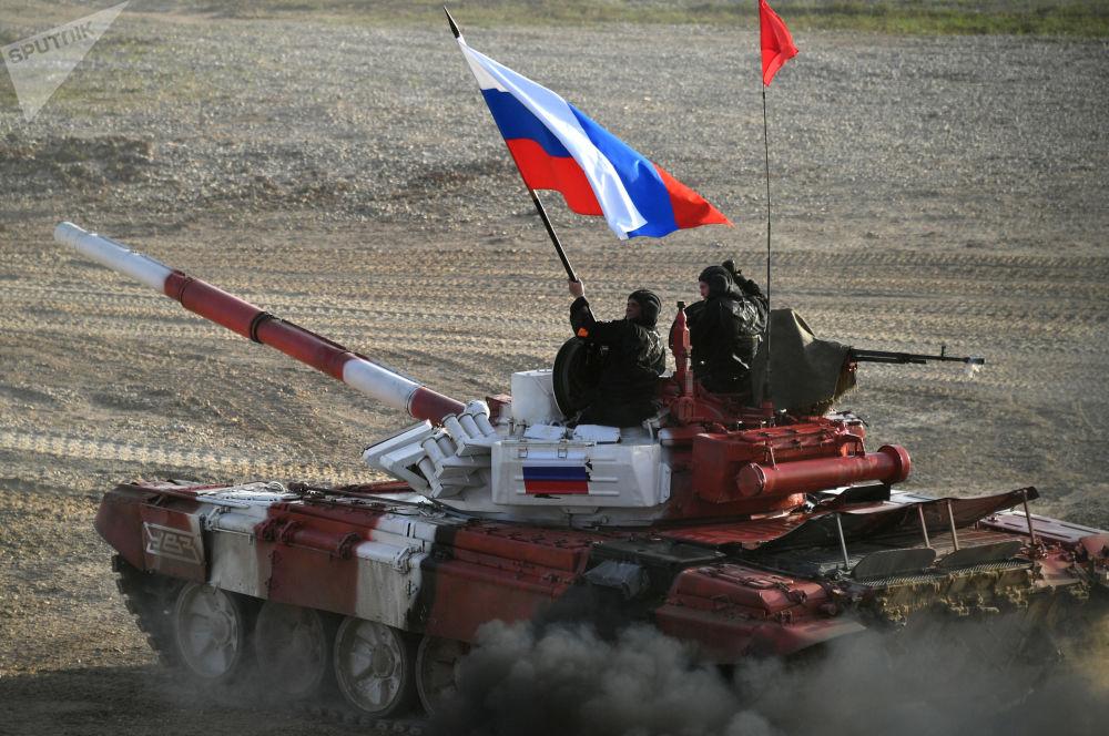 Un char de l'équipe de l'armée russe
