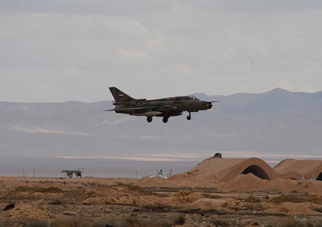 un avion militaire de l'armée syrienne
