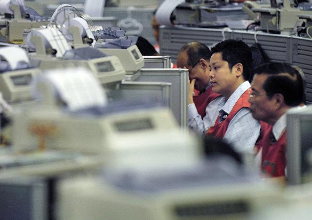 La bourse de Hong Kong a fermé sa salle de marchés aux courtiers
