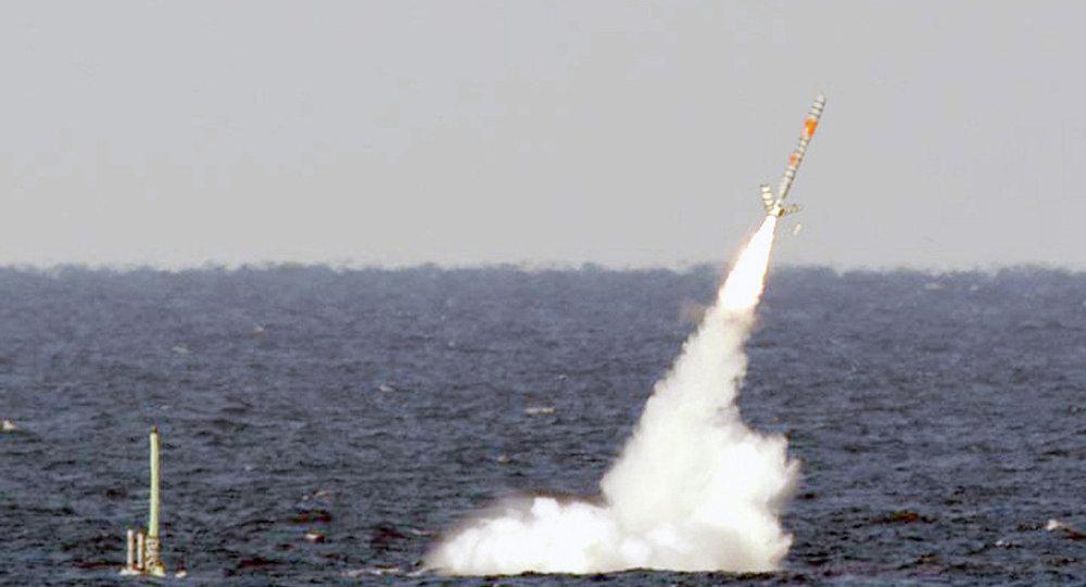 Tir de missile de croisière Tomahawk
