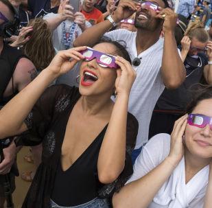 Eclipse solaire 2017: l'obscurité totale en plein milieu de journée