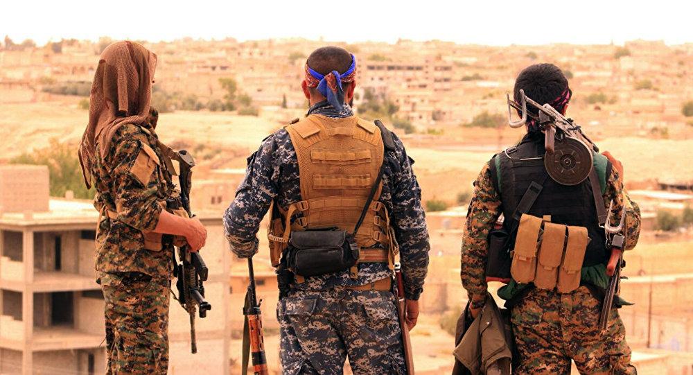 Combattants des Forces démocratiques syriennes (FDS)