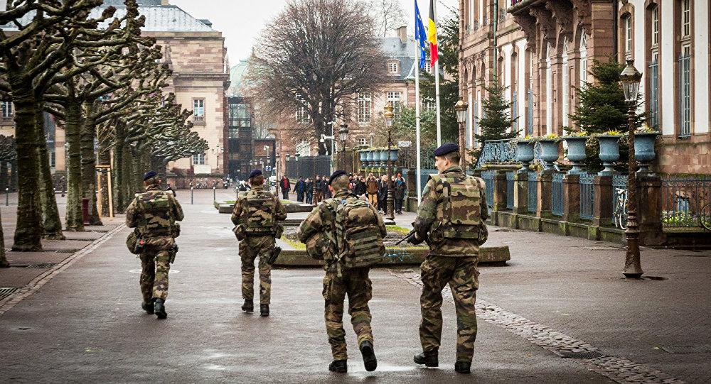 Une militaire de l'opération Sentinelle agressée par un déséquilibré — Lyon