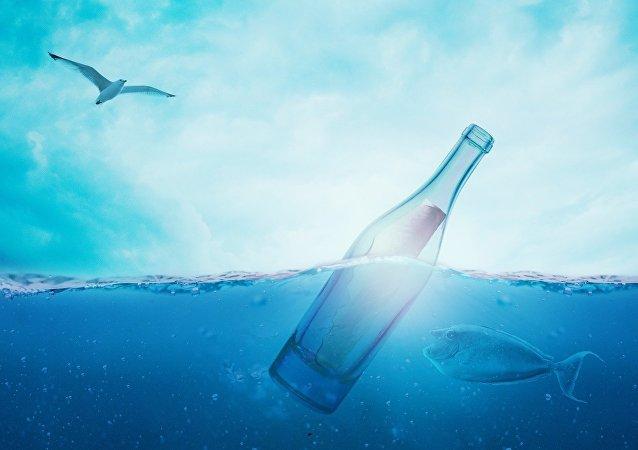 Une bouteille dans la mer