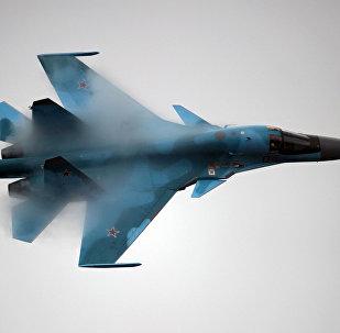 Su-34 strike fighter
