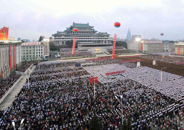 Manifestation à Pyongyang à l'occasion d'un test réussi d'une bombe H