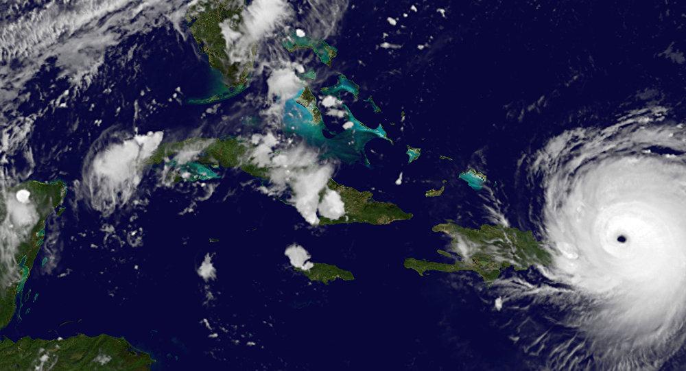 nouvel ordre mondial | Irma, prends garde à toi! Ils arrivent pour te tirer dessus