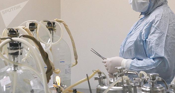 Dans un laboratoire