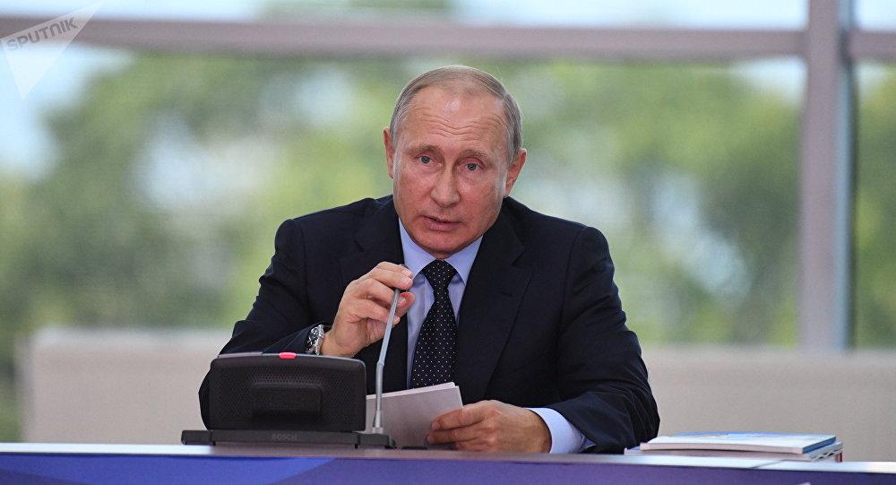 Crise en péninsule de Corée: Poutine propose d'engager Pyongyang dans des projets communs