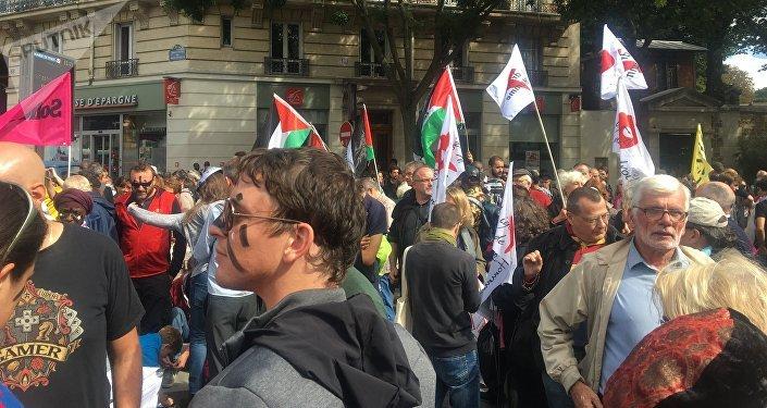 Manifestation contre l'état d'urgence à Paris