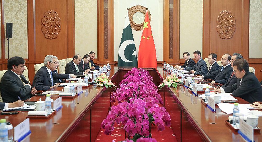 Le chef de la diplomatie pakistanaise Khawaja Asif en Chine
