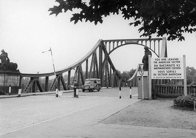 Le pont de Glienicke entre Berlin et Potsdam