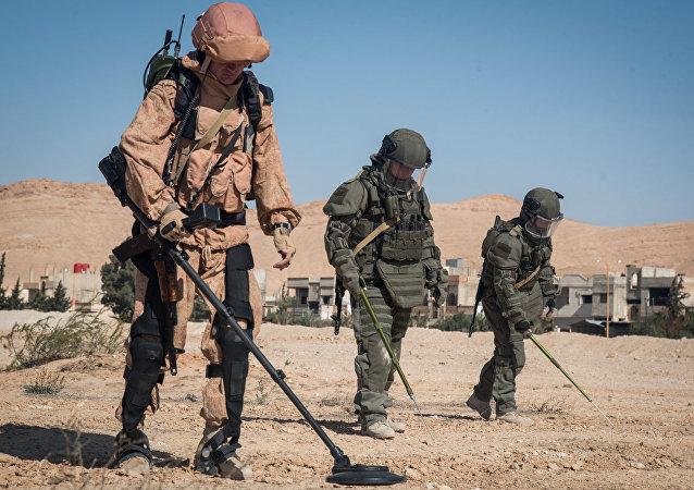 La paix avance à Deir ez-Zor: 906 explosifs neutralisés par les démineurs russes en 24h