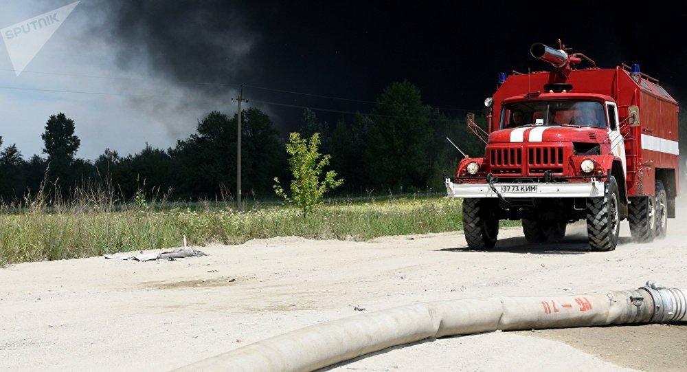 Un véhicule anti-incendie ukrainien