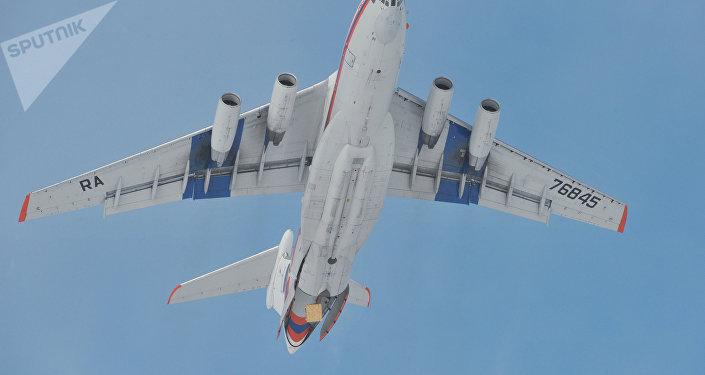 Iliouchine Il-76
