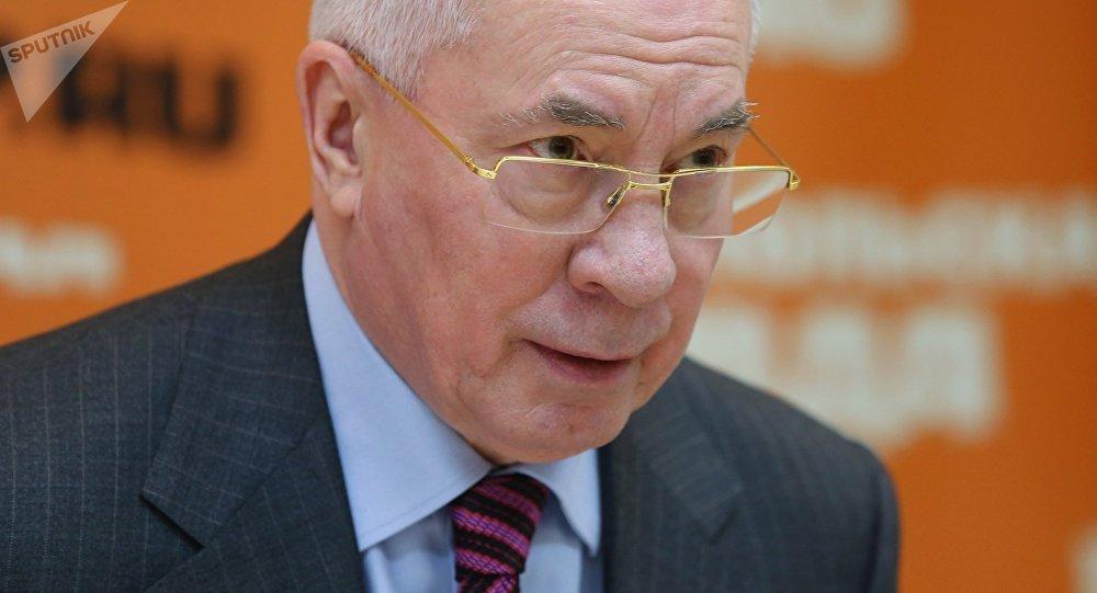 Ex-Premier ministre ukrainien: «Porochenko cherche à saper l'initiative de paix russe»