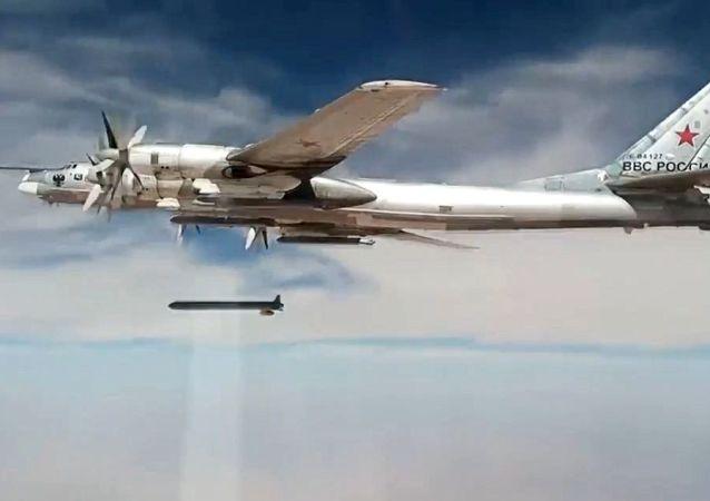 Les missiles de croisière X-101 frappent des cibles terroristes en Syrie