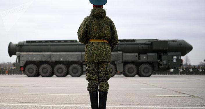 Le nouveau système russe de missiles nucléaires Yars en huit points