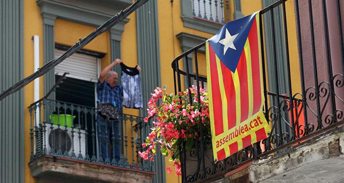 Macron soutient le gouvernement espagnol — Référendum en Catalogne