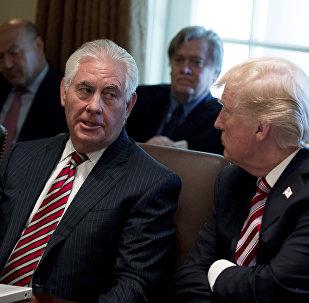 Trump souhaite concourir avec Tillerson à un test de QI