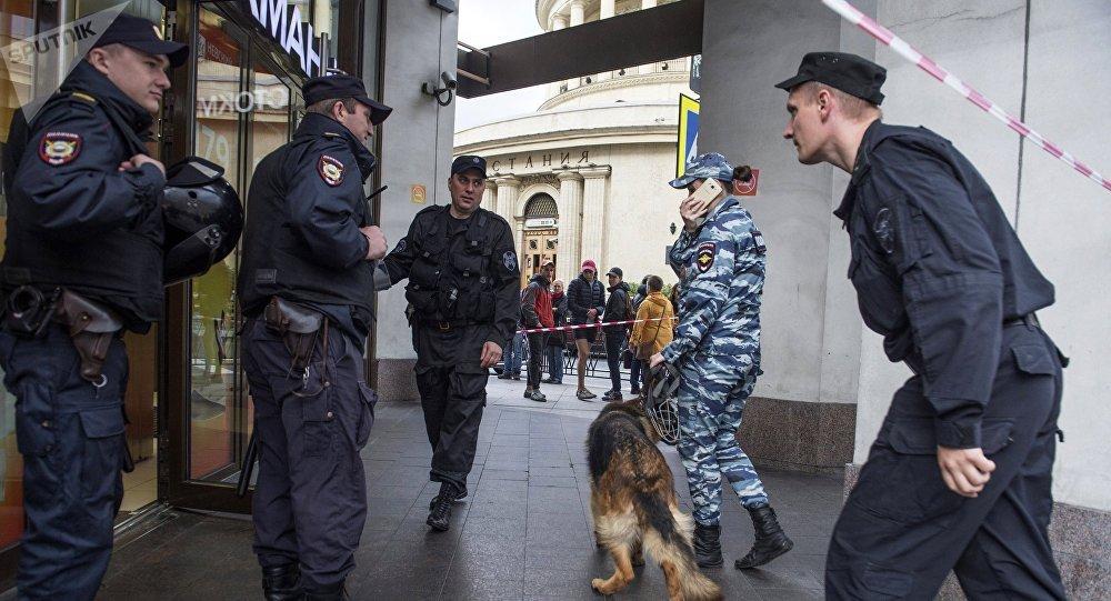La police de Saint-Pétersbourg