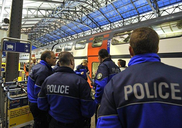 La police à la gare de Lausanne