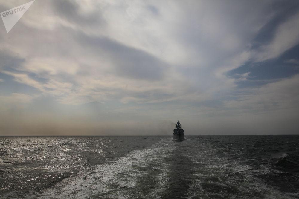 Les manœuvres ont démontré que les navires de la flottille de la Caspienne ont atteint leur potentiel d'alerte maximal et que les équipages étaient prêts à accomplir toute mission.