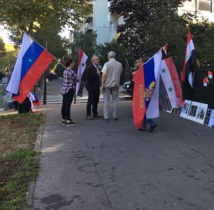 Une manifestation à Paris pour soutenir les actions russes en Syrie