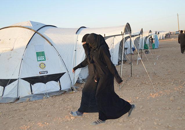 un camp de réfugiés au nord de Raqqa