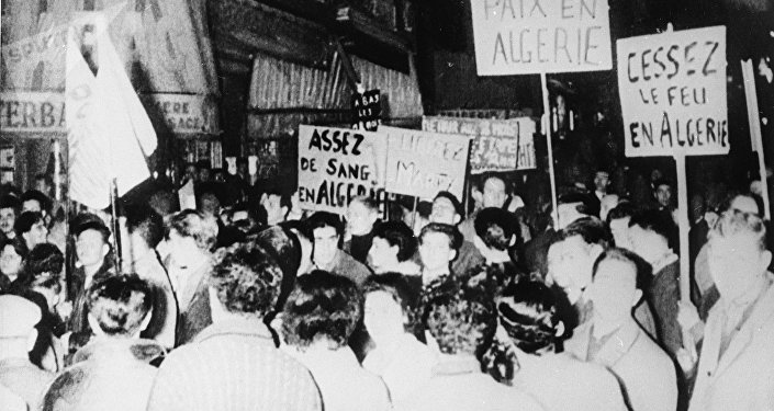lL manifestation contre la guerre en Algérie