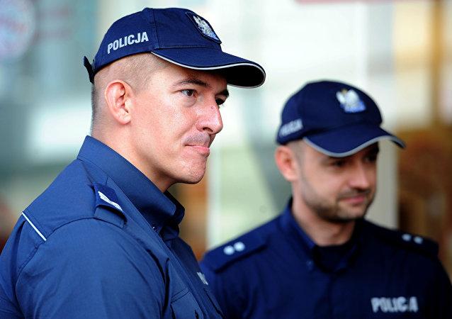 Policiers polonais