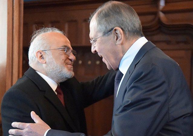 Sergueï Lavrov (à droite) et Ibrahim al-Jaafari