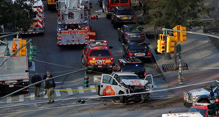 Les services d'urgence sur les lieux de la fusillade à New York (31 octobre 2017)