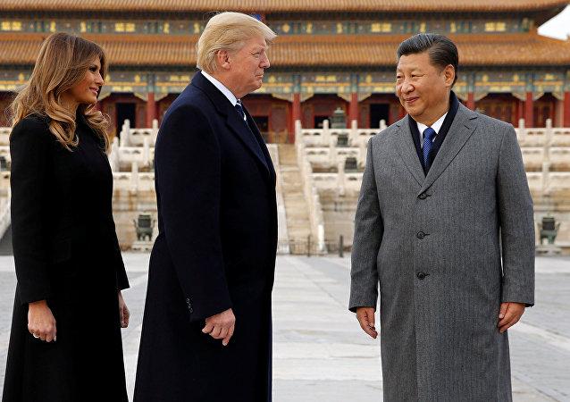 Donald Trump avec son épouse Melania et Xi Jinping