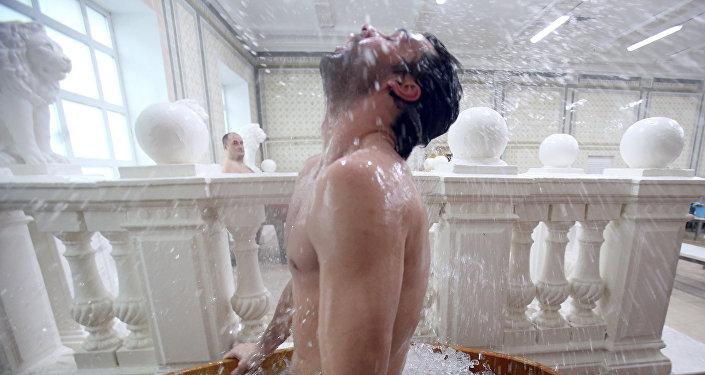 Sputnik. Mikhail Serbin Voici ce qui arrive à l'organisme lorsqu'on va régulièrement au sauna