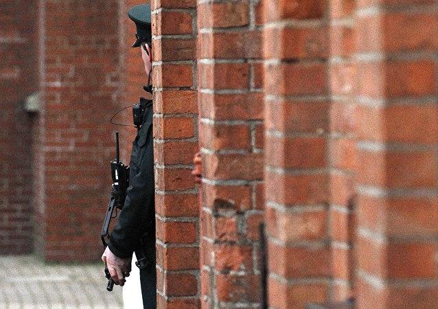 policier, image d'illustration