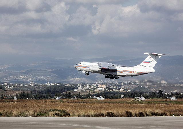 Un avion du ministère russe des Situations d'urgence, Syrie