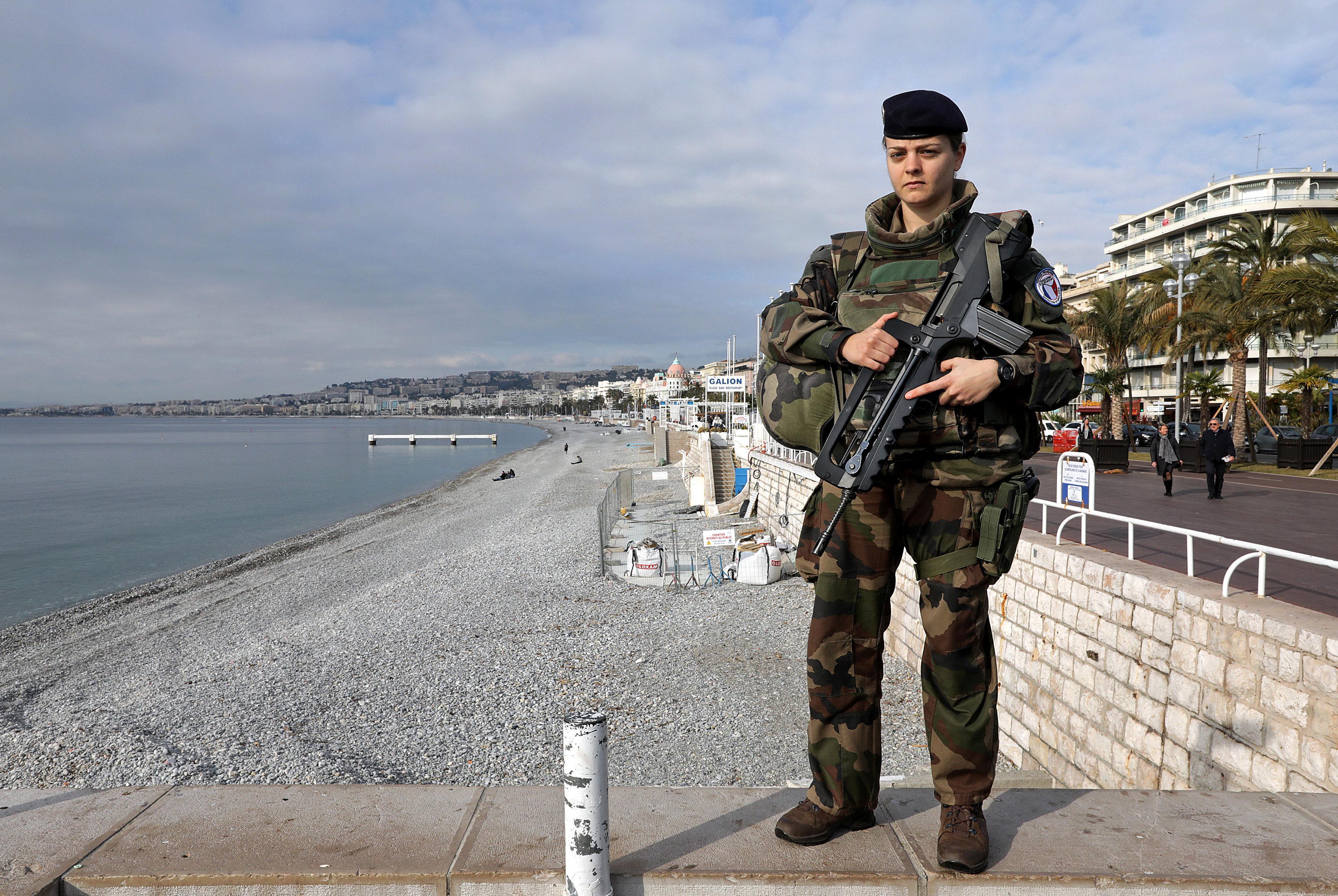 Merylee, militaire de 26 ans, à Nice