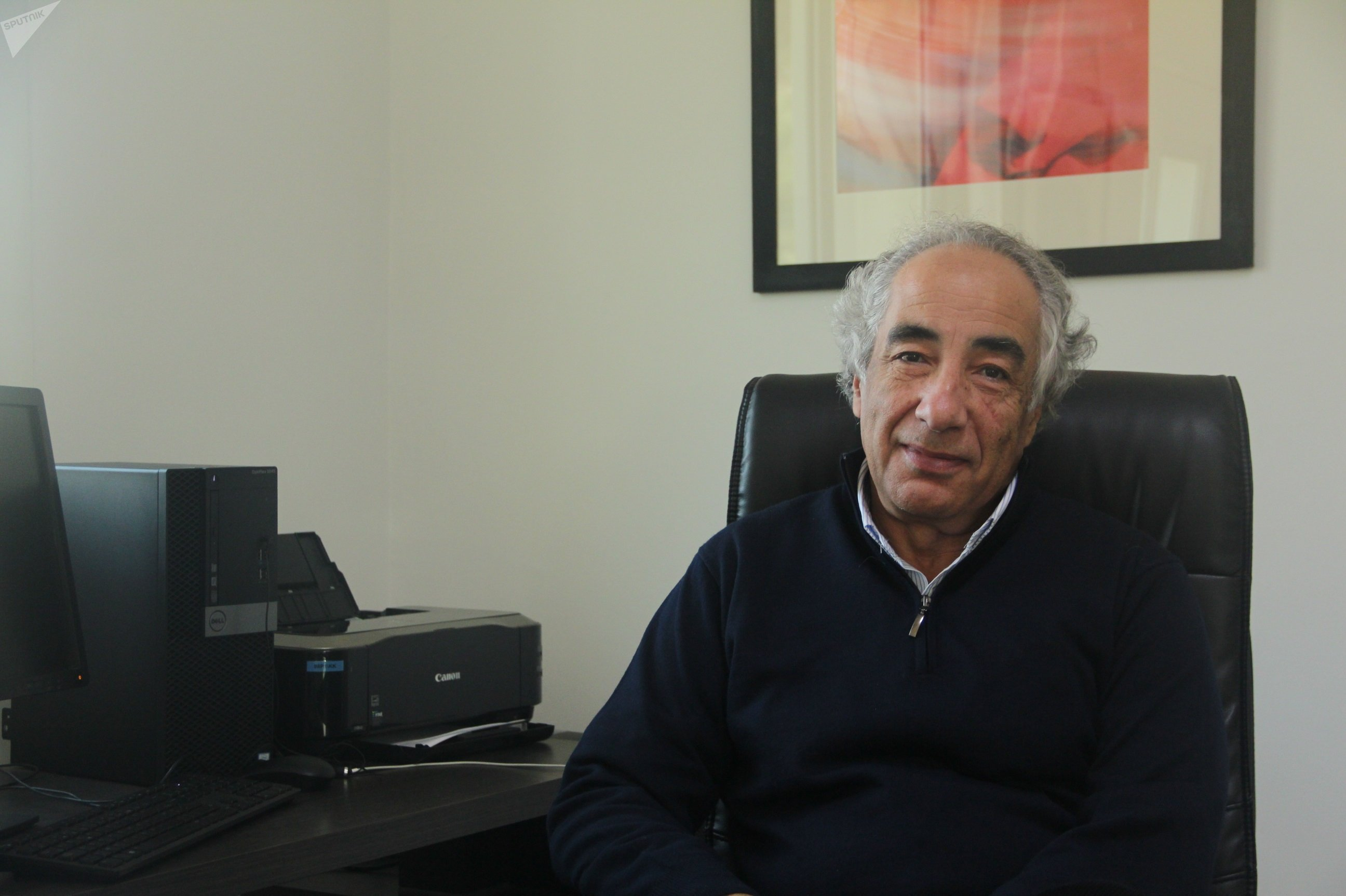 Khatim Kherraz, Tunis