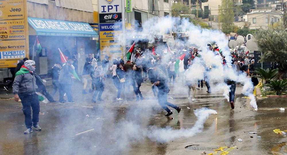 Protestations devant l'ambassade américaine à Beyrouth