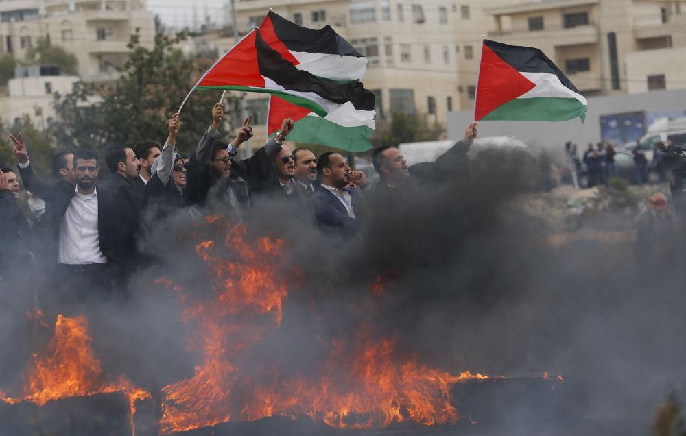 Répression de l'émeute palestinienne