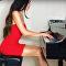 L'apparence et le talent de cette pianiste russo-américaine vous feront aimer la musique classique!