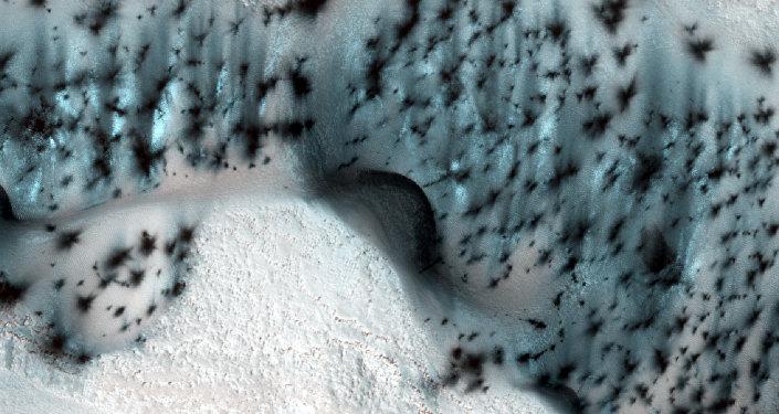 Image de Mars réalisée par la sonde Mars Reconnaissance Orbiter