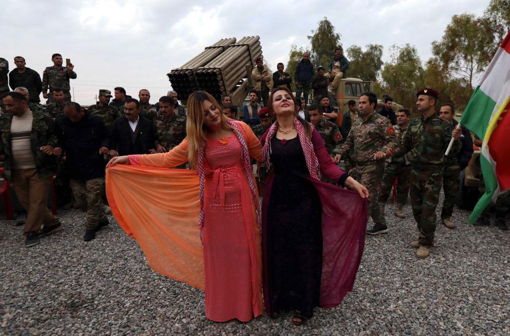 Peshmergas kurdes lors du Nouvel An en Irak